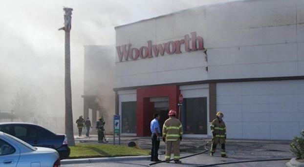 México – Incendio en Woolworth de Ciudad Juarez | culmine.noblogs.org